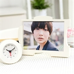 HOTER Sweet Girl Style Particular Ability To Hang Or Stand Combination Photo Frame